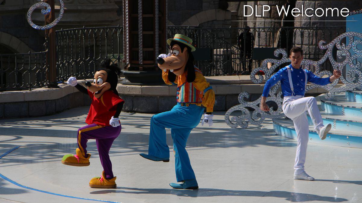 """[Nouveau] Mickey présente : """"Joyeux Anniversaire Disneyland Paris"""" (2017) - Page 2 IMG_0461"""