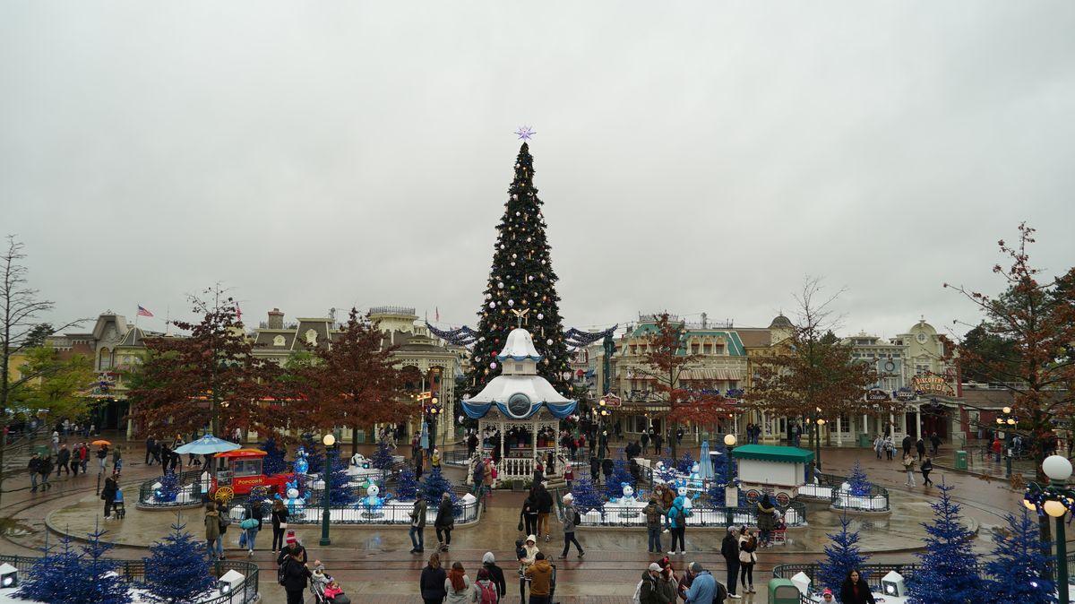 Disneyland paris christmas season 2017 dlp welcome - Disneyland paris noel 2017 ...